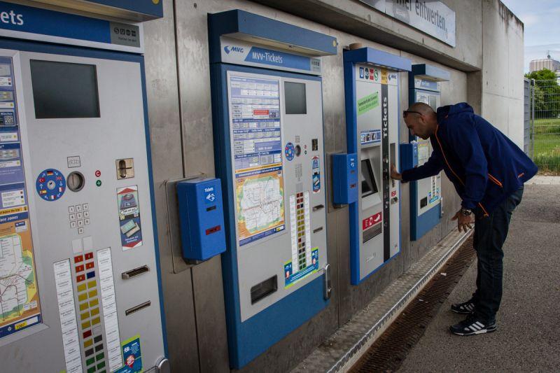 Automat na lístky na metro - Sportsen.cz