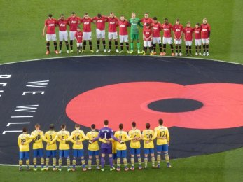Manchester United vs Arsenal FC - Remebrance day minuta ticha